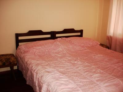 Сдаю комнаты в частном доме в Гаграх