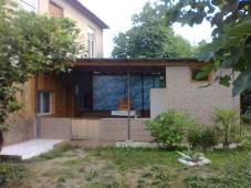 Сдаются комнаты в частном доме. Село Лдзаа в двух км. от центра Пицунды.