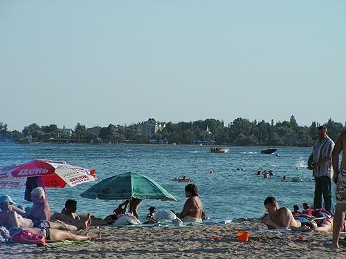 Пляж ПГТ Заозёрное Крым