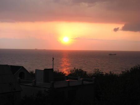 Вид на Чёрное море из окна