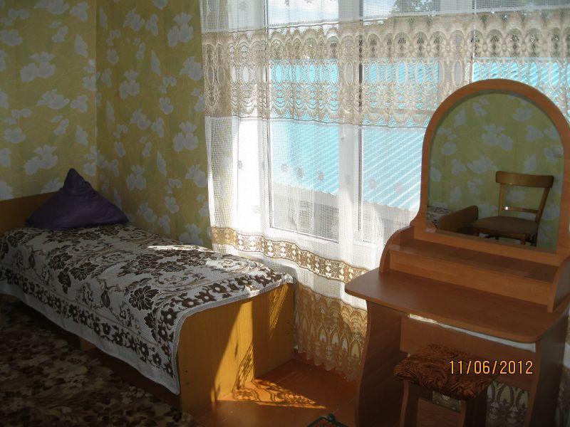 Гостевой дом «Райский уголок» в Кучугурах