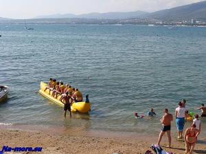 Пляжный банан в Геленджике