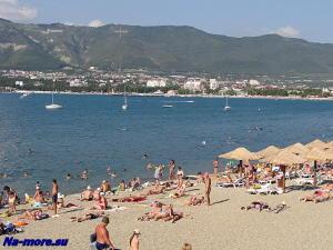 Пляж Толстого мыса