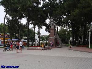 Геленджик. Памятник Героям-победителям.