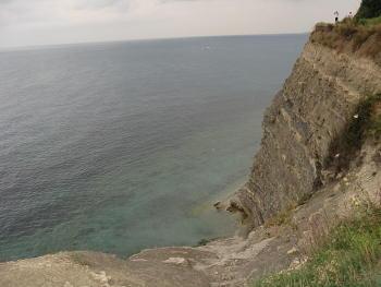 Круча над Чёрным морем в Геленджике