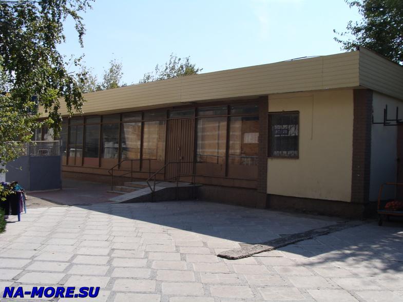 Старое здание почты в Геленджике