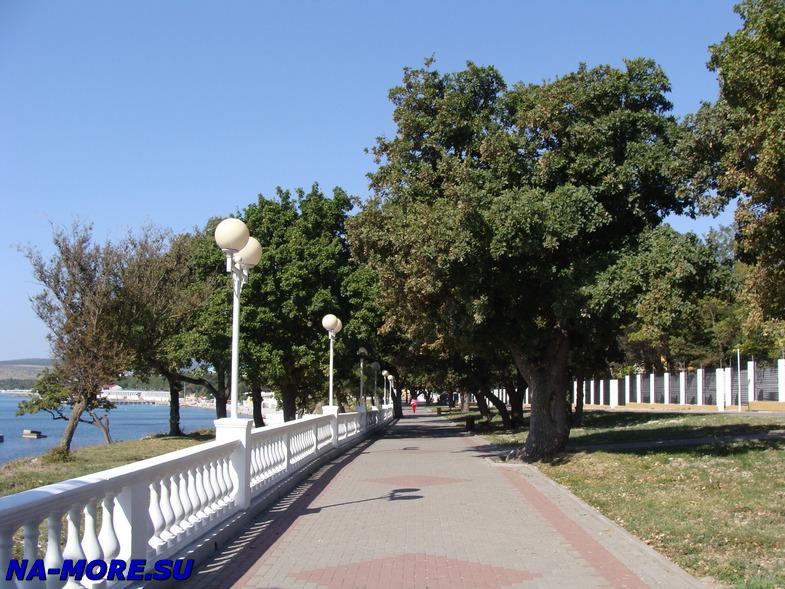 Северная часть набережной Геленджика