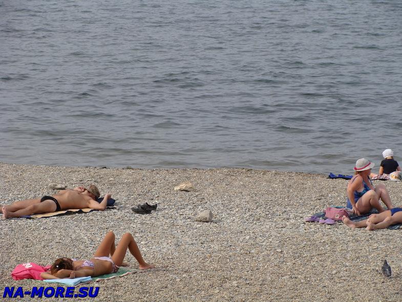На пляже Толстого мыса