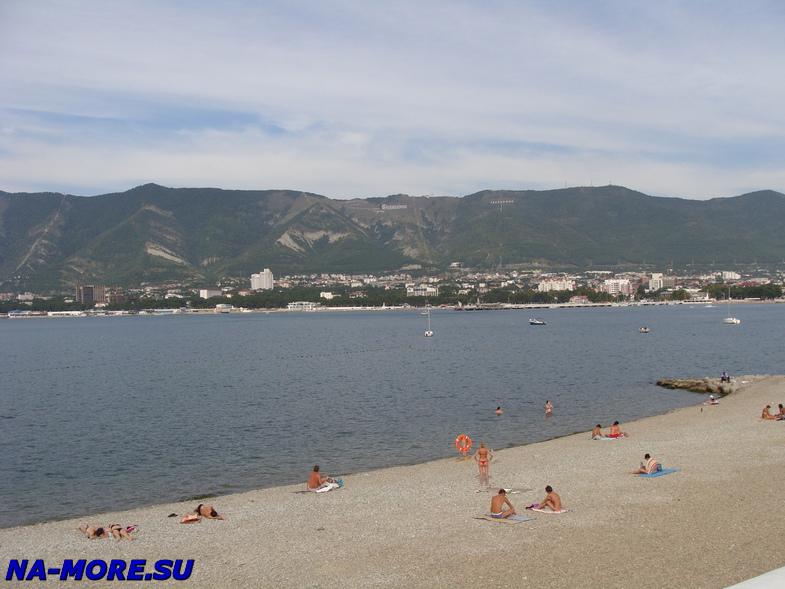 Пляж в районе Толстого мыса