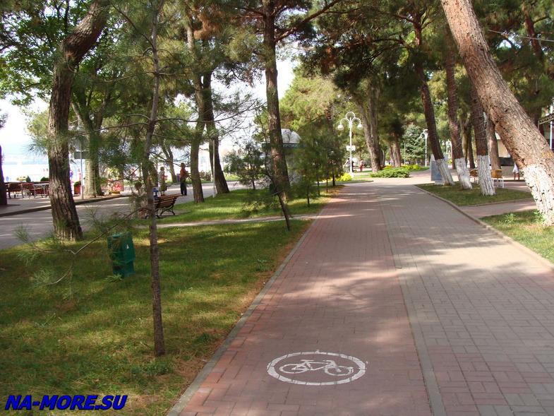 Лермонтовский бульвар