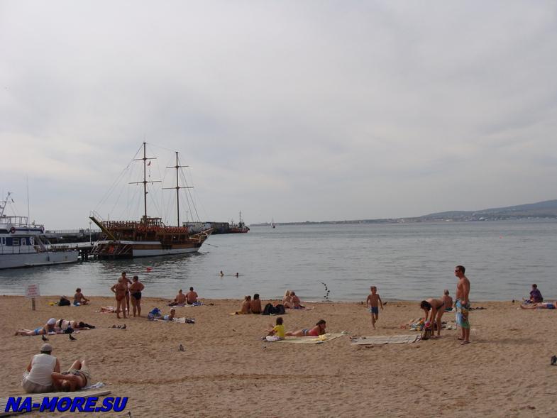 Городской пляж Геленджика