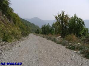 Дорога в горы от Сухумского шоссе