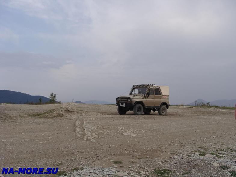 УАЗ на экскурсии в горах