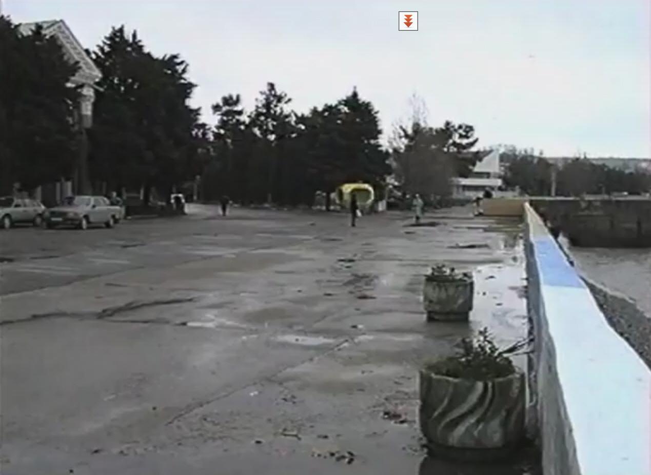 Набережная Геленджика в середине 90-х годов.