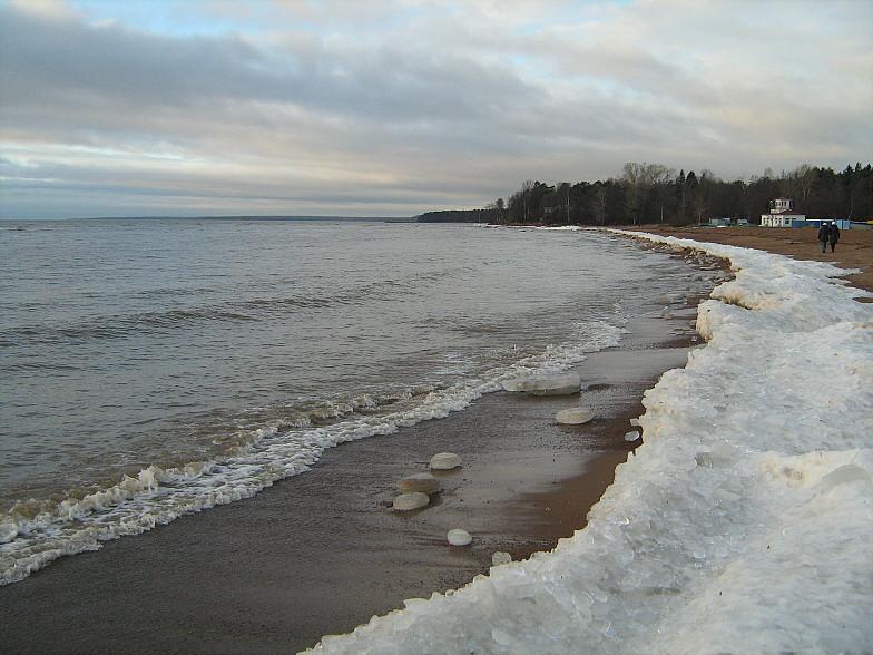 Пляж Зеленогорска зимой