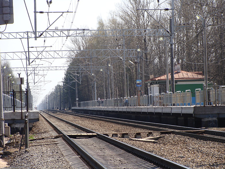 Платформа Комарово