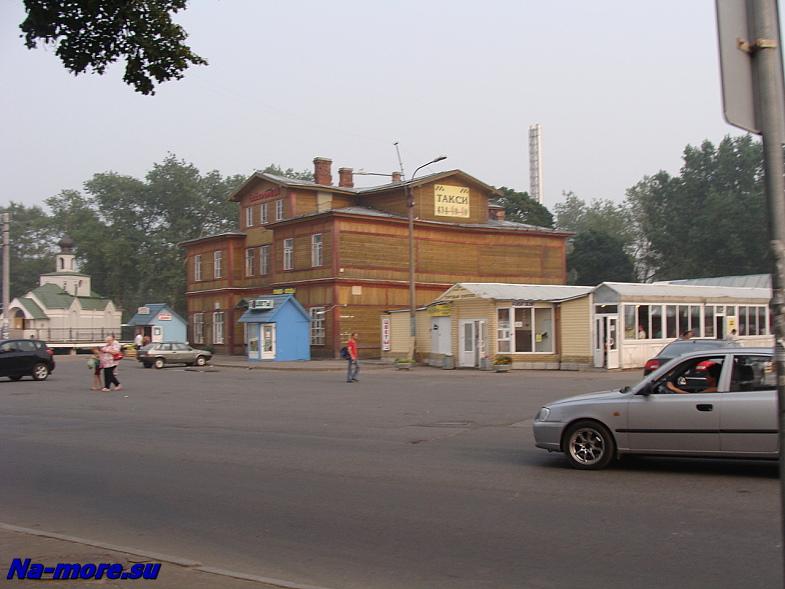 Привокзальная площадь Сестрорецка