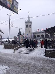 Вокзал Сочи зимой.