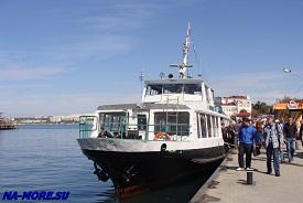 Морской городской транспорт Севастополя в Артбухте