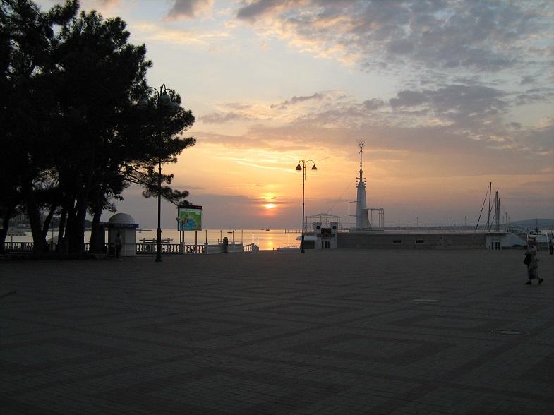 Закат солнца в Геленджике
