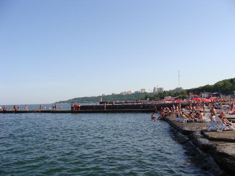 Чёрное море. Пляж Ланжерон в Одессе.