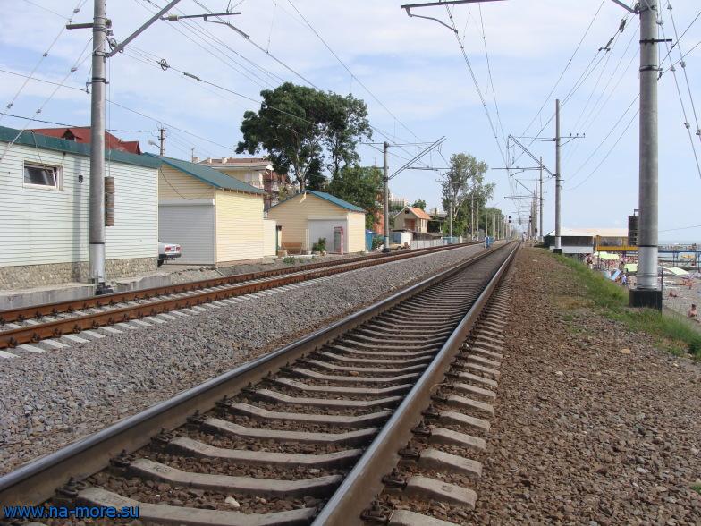 Железнодорожные пути в Адлере