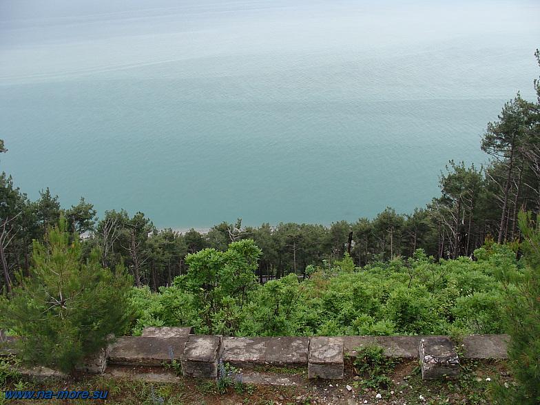 Абхазия. Так выглядит Чёрное море с дачи Сталина.