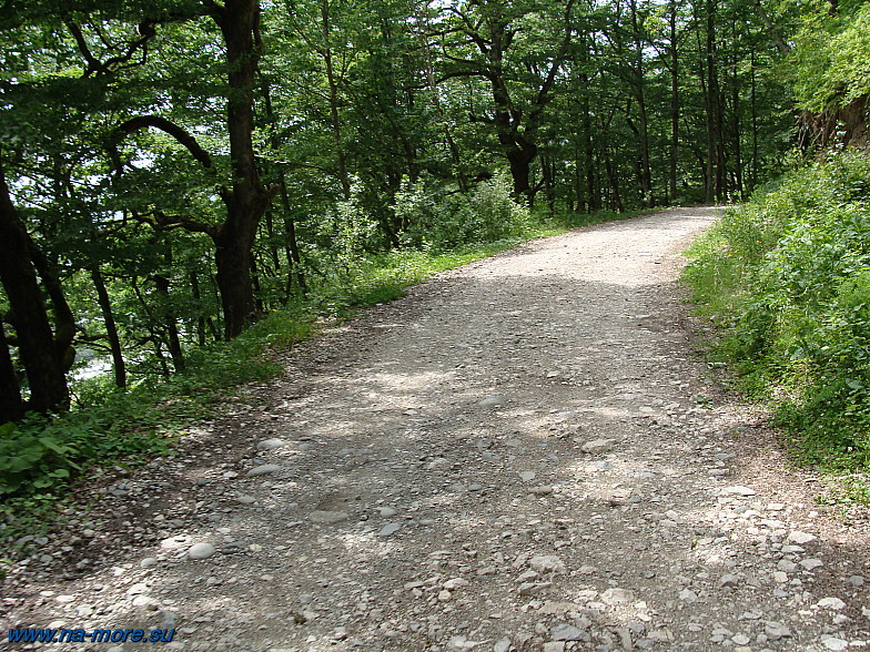Дорога на хребет Ачишхо.