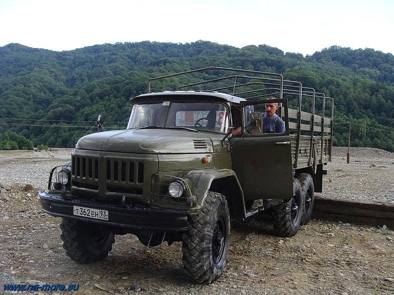 ЗиЛ-131 в ауле Большой Кичмай.