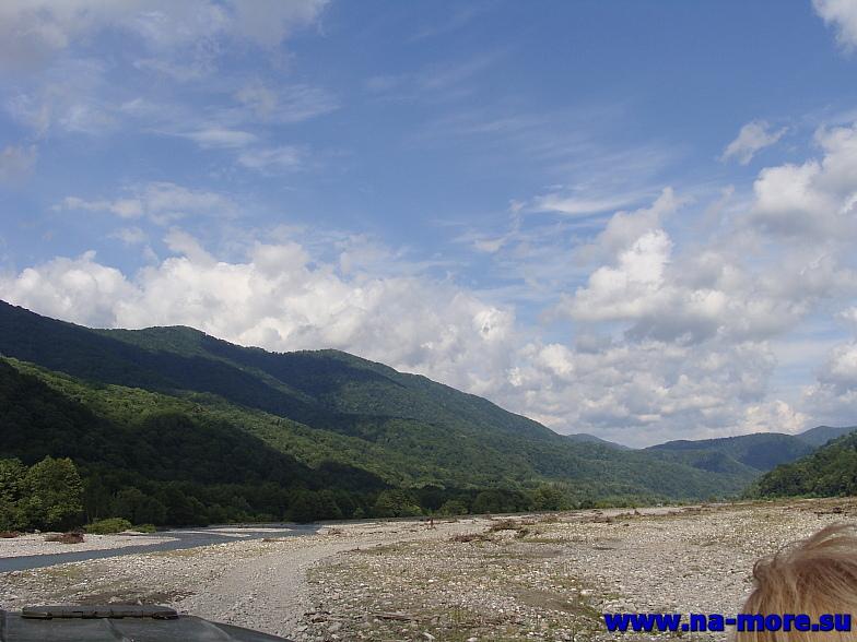 Кавказ. Долина реки Шахе.