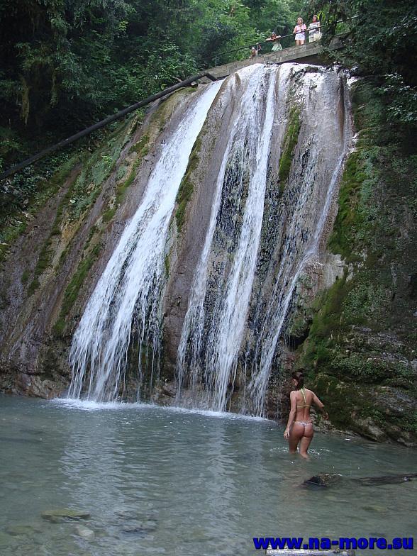 Один из 33 водопадов. Ручей Джегош, приток реки Шахе. Кавказ.