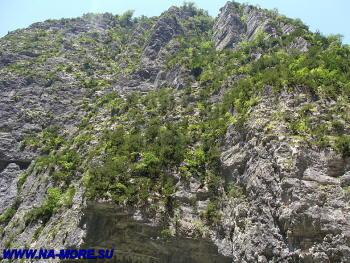 Скала Юпшарского каньона