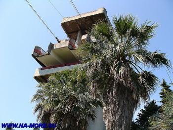 Башня для фуникулёра в дендрарии Сочи