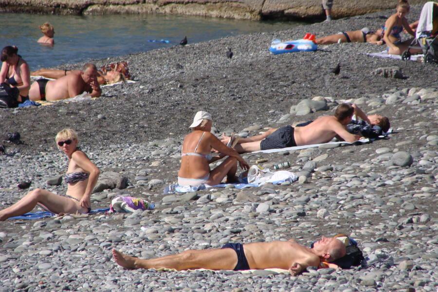 На пляже Сочи
